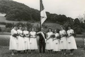 1958 Fahnenweihe: Ehrendamen