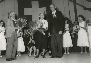 1958 Fahnenweihe: Eltern Max Knecht